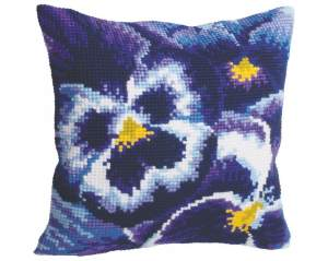 Cushions printed cross stitch | Collection 'd Art / Cewec/Grafitec | 5099 | Collection d'art, cushion, Winter